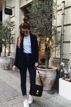 Instagramers que tienes que seguir en 2017 http://stylelovely.com/noticias-moda/instagramers-seguir-2017/