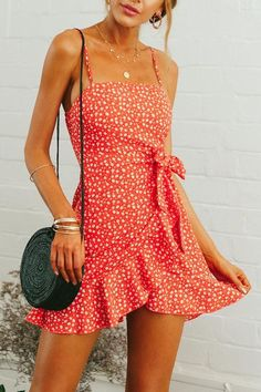 Spaghetti Strap Backless Belt Floral Printed Sleeveless Casual Dresses for summer casual dresses for summer sundresses casual dresses for summer women summer dresses 2019 beach casual dresses casual dresses for summer modest casual dresses for women Cute Summer Outfits, Cute Casual Outfits, Summer Casual Dresses, Summer Sundresses, Cute Vacation Outfits, Beach Outfits, Cute Dress For Summer, Casual Clothes, Simple Outfits