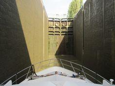 Canal du Centre  - very deep lock - 10.3 metre rise