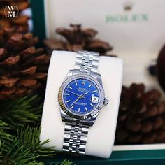 Rolex Datejust Lady 31 in blue. For the lady that likes a little colour in her life.  #ladiesday #rolex #watchmaster