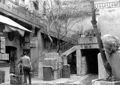 este medio, adelantó los interiores de cuatro vecindades ubicadas en la zona de la Merced durante los años 70 y que ahora guardan bodegas. Fotografías que podrán observarse en el mapa interactivo.