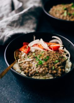 Garlicky brown lentil dal made in just 30 minutes in the pressure cooker (or instant pot). This lentil dal requires just 6 ingredients and is so hearty! Cream Sauce Recipes, Soup Recipes, Salad Recipes, Chicken Recipes, Lentil Recipes, Meatless Recipes, Cooking Recipes, Lentil Dal Recipe, Chicken Quinoa Salad