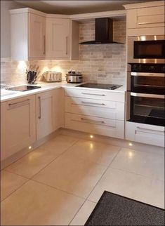 Home Renovation Kitchen Clean kitchen. - Microwave Oven - Ideas of Microwave Oven Interior Design Kitchen, Home Decor Kitchen, Kitchen Flooring, Kitchen Interior, Home Kitchens, Kitchen Diner, Cool Kitchens, Kitchen Remodel, Kitchen Renovation