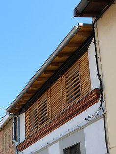 Surélévation avec brise-vue bois. www.atelierjoseph.fr