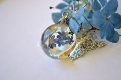 Vergiss mein nicht Halskette-Harz Schmuck  von VitaliaKlubei