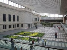 Cleveland Art Museum Atrium. Dreamy.