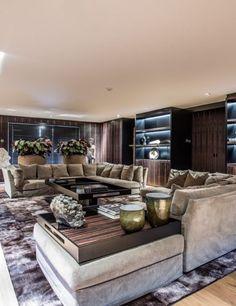 Luxe woonkamer ontwerp met design bank