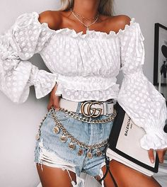 👀 gives leading runways a run for their money with our embroidered Over The Road Crop Top White! She pairs the top with a selection of layered hardware and busted denim! Girly Outfits, Short Outfits, Trendy Outfits, Cute Outfits, Casual Summer Outfits For Women, Fall Fashion Outfits, Fashion Belts, Womens Fashion, Looks Vintage
