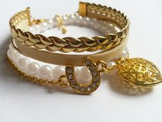 Hey, I found this really awesome Etsy listing at https://www.etsy.com/listing/198056681/white-and-golden-bracelet-horseshoe