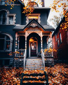 This house, taken by mpthecomebackid🖤😱🎃 - Traumhaus Autumn Aesthetic, Cozy Aesthetic, Witch Aesthetic, Aesthetic Outfit, Aesthetic Collage, Aesthetic Vintage, Autumn Cozy, Best Seasons, House Goals