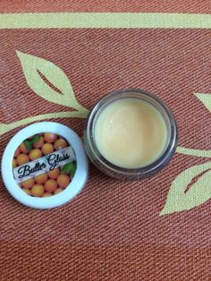 HEY GUYS....M BACK THIS TIME WITH A REVIEW OF A LIP BUTTER I AM CURRENTLY USING. THIS ONE IS BY THE NATURE'S CO AND IS THE ORANGE FLAVOU...