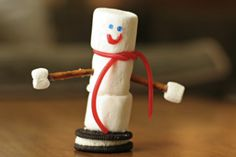 Edible Snowman Table-Top Decorations