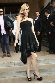 Like the satin bands on this LBD  Great look