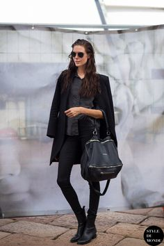 ripper blackout (and the bag). #offduty in Milan.