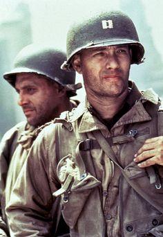 Tom Sizemore and Tom Hanks in Saving Private Ryan Tom Hanks, Charlie Chaplin, Great Films, Good Movies, Man Movies, Dunkirk Movie, Toy Story Series, Tv Series, Tom Sizemore