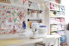 MessyJesse: Craft/Sewing Room Update
