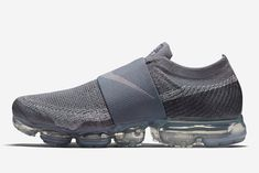 Of all the VaporMax's offshoots, the Moc is king. Tênis Cinza, Tênis, Coisas Legais