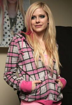 Aavril Lavigne sweet smile - The Best Damn Thing <3