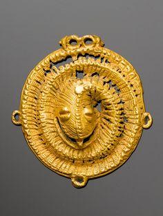 AKAN ANHÄNGER Elfenbeinküste. H 6 cm. Goldlegierung ca. 8,5 Karat.