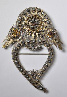 Coastal Sri Lankan 19th Century Jewellery - By Michael Backman. | Ethnic Jewels Magazine