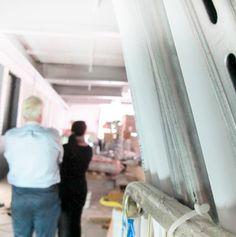 Leyla Avsar / Gumbostrand Konst & Form, Charlotta and John taking a pause during renovation.