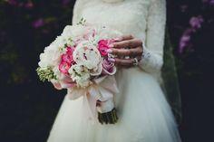 wedding photography flower bouquet details & nails jessica kobeissi photography