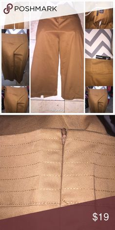 """New Directions Millennium Angled Pocket Crop Pants Beautiful Brown New Directions Crop Pants size 8 25"""" long zip on the side split on each leg New directions Pants Ankle & Cropped"""