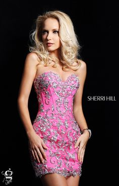 Sherri Hill dresses are designer gowns for television and film stars. Find out why her prom dresses and couture dresses are the choice of young Hollywood. Pretty Dresses, Sexy Dresses, Beautiful Dresses, Evening Dresses, Short Dresses, Fashion Dresses, Girls Dresses, Formal Dresses, Gorgeous Dress