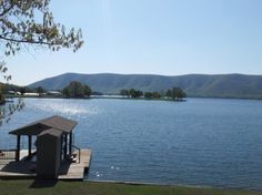 A luxurious lake retreat awaits you at the Hayes Home!