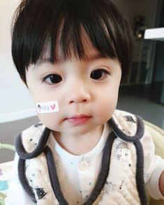 Baby Momma, Cute Baby Boy, Cute Little Baby, Little Babies, Cute Kids, Baby Kids, Cute Asian Babies, Korean Babies, Asian Kids
