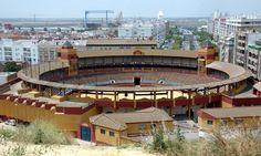Plaza de Toros de la Merced en Huelva. FOTO: JOSELE RUIZ. www.joselefotos.wordpress.com
