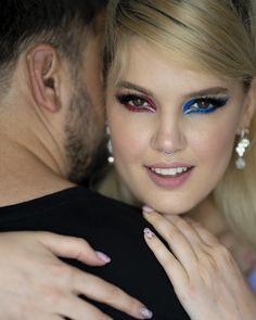 #iMikriOllandeza #MikriOllandeza #makeup #boldmakeup #differenteyemakeuplooks #aesthetic #naturalbrows #septum #septumpiercing #septumring #falselashes #redmakeup #bluemakeup #cateye #cateyemakeup #makeuplook #2020 Cat Eye Makeup, Red Makeup, Makeup Looks, Natural Brows, False Lashes, Septum Ring, Fashion, Red Dress Makeup, Moda