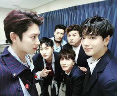 Heechul posted a photo featuring Eunhyuk, Donghae, Shindong, Leeteuk and Yesung. Eunhyuk, Kim Heechul, Super Junior Kpop, Super Junior Leeteuk, Choi Siwon, Lee Donghae, Day6 Sungjin, Programa Musical, Last Man Standing