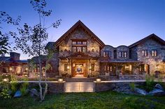 A rustic mountain home called Quiet Waters Residence was designed by Locati Architects and Schlauch Bottcher Construction, located in Big Sky, Montana. Mt Design, House Design, Rustic Houses Exterior, Rich Home, Mountain Style, Traditional Exterior, Rustic Contemporary, Stone Houses, The Ranch