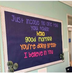 We love this bulletin board idea from 👏🏻👏🏻👏… – Education & Career Counselor Bulletin Boards, Library Bulletin Boards, Bulletin Board Ideas For Teachers, Kindness Bulletin Board, Bulletin Board Ideas Middle School, Team Bulletin Board, School Counselor Door, Leadership Bulletin Boards, March Bulletin Board Ideas