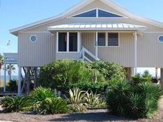 VRBO.com #320367 - Beachfront Cottage with Expansive Beach Views!  St. George