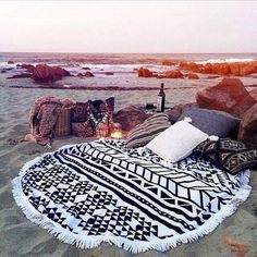 blanket pillow bedding lifestyle travel beach house romantic weekend escape boho fringes black and white tribal pattern beach aztec pattern