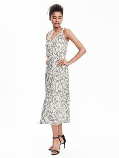 Sketched Floral Pleated-Midi Dress