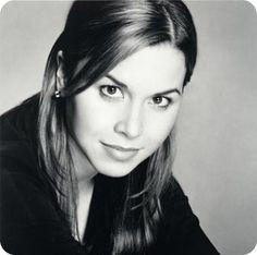 Monique Lhuillier #bridal #designer