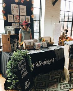 Chelcey Tate Designs 6x6 Craft Market Booth Inspiration / Made Market Louisville, KY / instagram.com/chelceytate