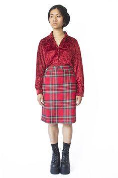 d09a746c71fee Vintage 90 s Red Tartan Straight Skirt - L Red Tartan Skirt