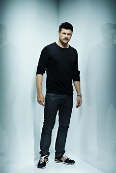 Karl Urban is Very Sexy! » Karl Urban - STID Corner Photoshoot » Rox712.tumblr.com