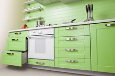 Cheap Kitchen Remodel Ideas – Small Kitchen Designs On A Budget Refurbished Kitchen Cabinets, Classic Kitchen Cabinets, Kitchen Cabinet Kings, Kitchen Cabinet Colors, Painting Kitchen Cabinets, Kitchen Paint, Kitchen Colors, Cheap Kitchen Remodel, Kitchen On A Budget