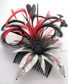 Awesome Queen of hearts hair comb. I need this for Halloween next year