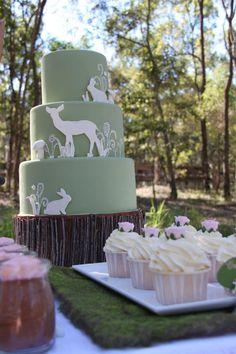 Gorgeous Woodland Cake by Sweet Art Cakes