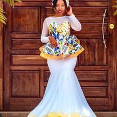 15 Traditional Attires Shweshwe , There are several ways in which you can wear your maxi dresess at different times on the images blow. Wedding Dresses South Africa, South African Weddings, Traditional Dresses Designs, African Traditional Wear, African Wear, African Fashion, Unique Ankara Styles, Kente Dress, Long Gown Dress