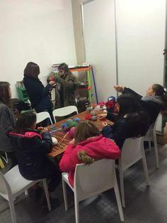 Knitting with kids: exposassari