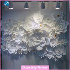 decoração casamento com flor de papel gigantes - Pesquisa Google