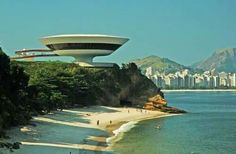 Museu de arte em Niterói RJ obra de Oscar Niemeyer