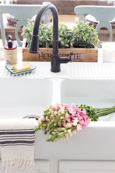 What to know before buying the Ikea farmhouse sink Domsjo- how well it cleans, h. What to know before buying the Ikea farmhouse sink Domsjo- how well it cleans, how functional it is, and if it's the rig. Ikea Farmhouse Sink, Modern Farmhouse Bathroom, Farmhouse Decor, Country Farmhouse, French Country, Best Kitchen Sinks, Cool Kitchens, Diy Décoration, Easy Diy